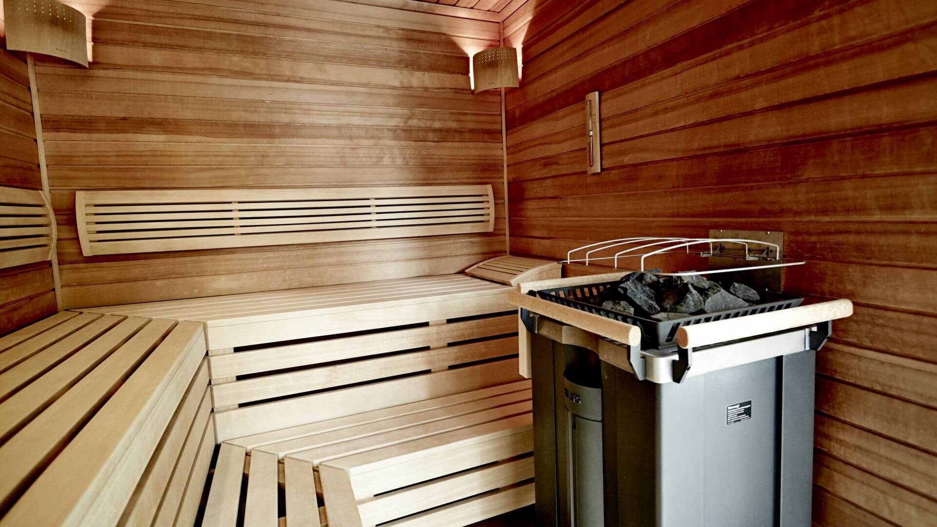 sauna dampfbad und massage f r ihren wellnessurlaub in stuttgart waldhotel stuttgart. Black Bedroom Furniture Sets. Home Design Ideas